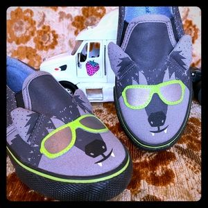 Brand New Cat and Jack Wolf Slip Ons Size 12 Youth